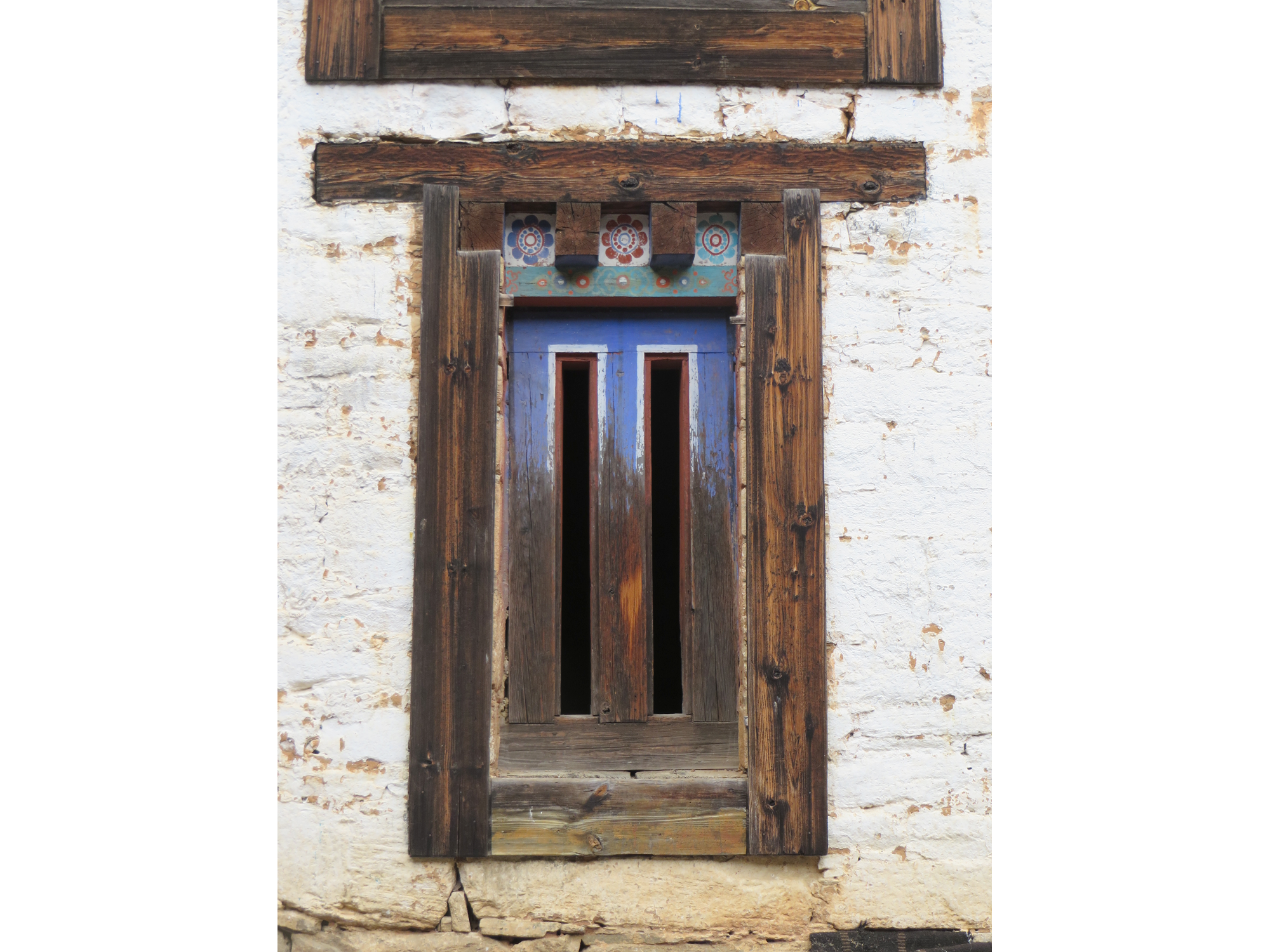 Ogyen-Choling-doorway2