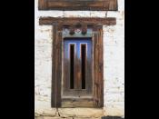 Ogyen-Choling-doorway2