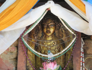 Buddha.Shrine.Tigers1-2